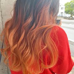 オレンジ ブリーチカラー ナチュラル オレンジカラー ヘアスタイルや髪型の写真・画像