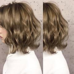 ナチュラル ブライダル 三つ編み ヘアアレンジ ヘアスタイルや髪型の写真・画像