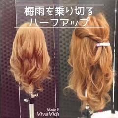 ヘアアレンジ フェミニン セルフヘアアレンジ ねじり ヘアスタイルや髪型の写真・画像