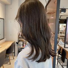 ベージュ アッシュグレージュ グレージュ ナチュラル ヘアスタイルや髪型の写真・画像