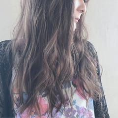 ウェーブ アンニュイ ロング 外国人風カラー ヘアスタイルや髪型の写真・画像