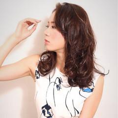 ハイライト アッシュベージュ 大人かわいい セミロング ヘアスタイルや髪型の写真・画像