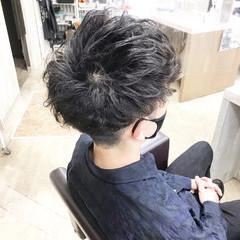 ナチュラル メンズパーマ メンズ メンズヘア ヘアスタイルや髪型の写真・画像