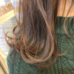 コントラストハイライト デート ハイライト セミロング ヘアスタイルや髪型の写真・画像