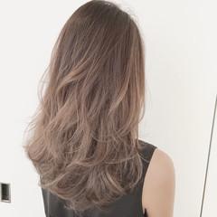 くせ毛風 フェミニン ゆるふわ ロング ヘアスタイルや髪型の写真・画像