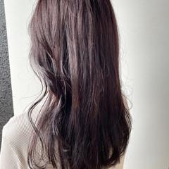 セミロング ピンクベージュ ヴァイオレット ピンクカラー ヘアスタイルや髪型の写真・画像