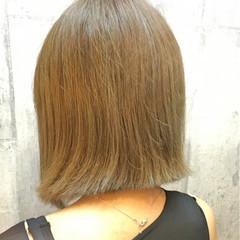 ボブ ダブルカラー ストリート ホワイトアッシュ ヘアスタイルや髪型の写真・画像