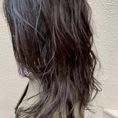 グレージュ 大人女子 セミロング ミルクティーグレージュ ヘアスタイルや髪型の写真・画像
