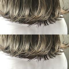 ブリーチ ボブ ベージュ アッシュベージュ ヘアスタイルや髪型の写真・画像
