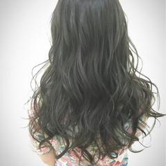 ロング くせ毛風 オリージュ エアリー ヘアスタイルや髪型の写真・画像