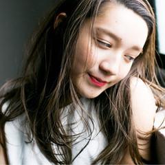 ピュア 外国人風 ハイライト アッシュ ヘアスタイルや髪型の写真・画像