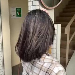 ハイライト エレガント グレージュ 大人ハイライト ヘアスタイルや髪型の写真・画像