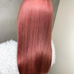 ベリーピンク セミロング ラベンダーピンク ピンクブラウン ヘアスタイルや髪型の写真・画像