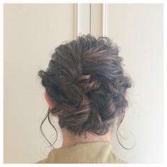 ショート 簡単ヘアアレンジ ねじり 大人かわいい ヘアスタイルや髪型の写真・画像