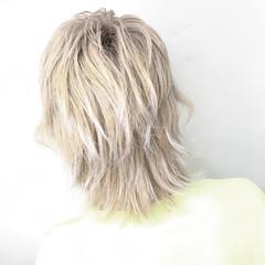 ナチュラル ブリーチカラー マッシュウルフ ショート ヘアスタイルや髪型の写真・画像