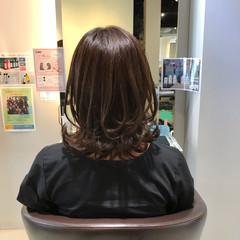 切りっぱなしボブ 外ハネボブ ナチュラル 外ハネ ヘアスタイルや髪型の写真・画像