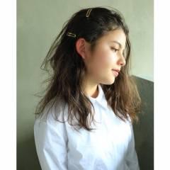 暗髪 簡単ヘアアレンジ 外国人風 ウェットヘア ヘアスタイルや髪型の写真・画像