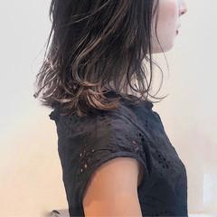 大人女子 外国人風カラー ナチュラル アッシュ ヘアスタイルや髪型の写真・画像