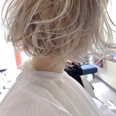 ホワイトベージュ ボブ ホワイト ハイトーンカラー ヘアスタイルや髪型の写真・画像