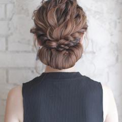 大人かわいい セミロング ゆるふわ 結婚式 ヘアスタイルや髪型の写真・画像