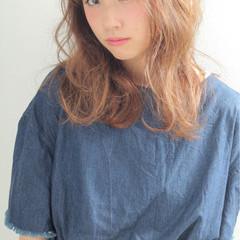 アッシュ ゆるふわ 抜け感 大人かわいい ヘアスタイルや髪型の写真・画像