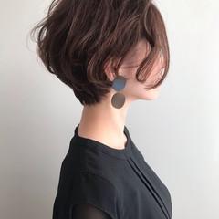 ショートボブ ハンサムショート 大人ショート パーマ ヘアスタイルや髪型の写真・画像