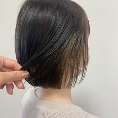 インナーカラー ミニボブ ボブ 切りっぱなしボブ ヘアスタイルや髪型の写真・画像