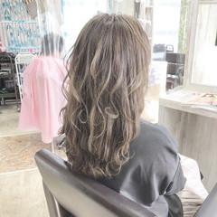 セミロング エレガント 大人ロング アディクシーカラー ヘアスタイルや髪型の写真・画像