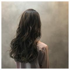 ハイライト ウェットヘア ロング おフェロ ヘアスタイルや髪型の写真・画像
