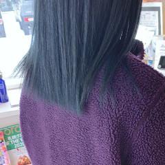 ショートヘア インナーカラー ナチュラル 切りっぱなしボブ ヘアスタイルや髪型の写真・画像