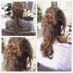 ヘアアレンジ フェミニン 大人かわいい セミロング ヘアスタイルや髪型の写真・画像