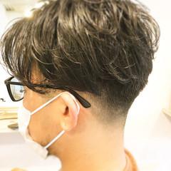 メンズカット メンズヘア ウルフカット メンズパーマ ヘアスタイルや髪型の写真・画像