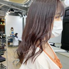 グレージュ セミロング ショートボブ オリーブグレージュ ヘアスタイルや髪型の写真・画像