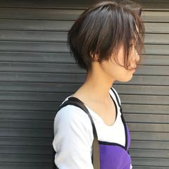 モード ショート デート ウェットヘア ヘアスタイルや髪型の写真・画像
