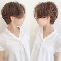 デート パーマ ショート フェミニン ヘアスタイルや髪型の写真・画像