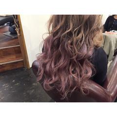 ピンク 外国人風 パープル グラデーションカラー ヘアスタイルや髪型の写真・画像