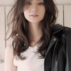 ストリート フェミニン アッシュ パーマ ヘアスタイルや髪型の写真・画像