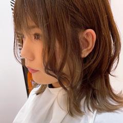 ショートボブ ウルフカット ナチュラル ショートヘア ヘアスタイルや髪型の写真・画像