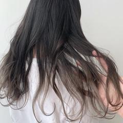 インナーカラー グラデーションカラー ナチュラル 切りっぱなしボブ ヘアスタイルや髪型の写真・画像