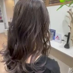 コントラストハイライト バレイヤージュ ブリーチ エレガント ヘアスタイルや髪型の写真・画像