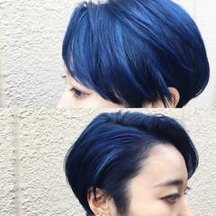 外国人風 ダブルカラー ブルー ショート ヘアスタイルや髪型の写真・画像