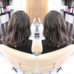 イルミナカラー 外国人風カラー ナチュラル セミロング ヘアスタイルや髪型の写真・画像