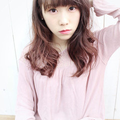 ベージュ ガーリー ピンク ロング ヘアスタイルや髪型の写真・画像