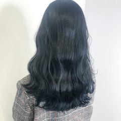 ナチュラル ロング ネイビーブルー 暗髪 ヘアスタイルや髪型の写真・画像