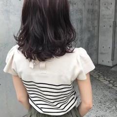 ピンク ベリーピンク ピンクアッシュ ミディアム ヘアスタイルや髪型の写真・画像