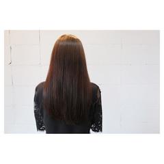 ストレート ナチュラル ロング イルミナカラー ヘアスタイルや髪型の写真・画像