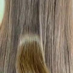 ミルクティーベージュ ナチュラル 切りっぱなしボブ ハイライト ヘアスタイルや髪型の写真・画像