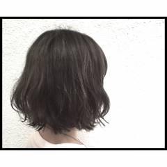 暗髪 透明感 ブリーチ ボブ ヘアスタイルや髪型の写真・画像