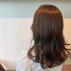 ナチュラル 透明感カラー ロング 大人可愛い ヘアスタイルや髪型の写真・画像