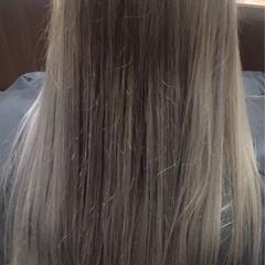 アッシュ 外国人風 ロング ナチュラル ヘアスタイルや髪型の写真・画像